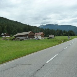 Straße ins Gsieser Tal