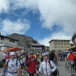 7000 Radfahrer beim Stelviobike 2010