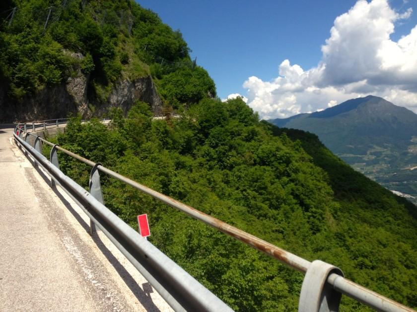 Mit dem Rennrad nach Straße nach Garniga Terme (820m)