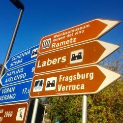 Rennradtour Meranerland / Schild-Fragsburg