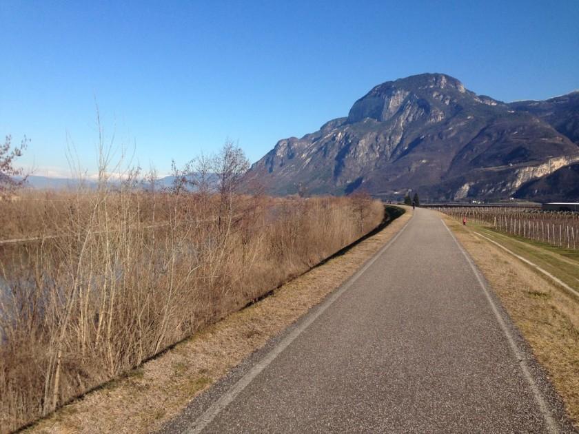Rennrad Wintertraining auf dem Etschradweg in Südtirol