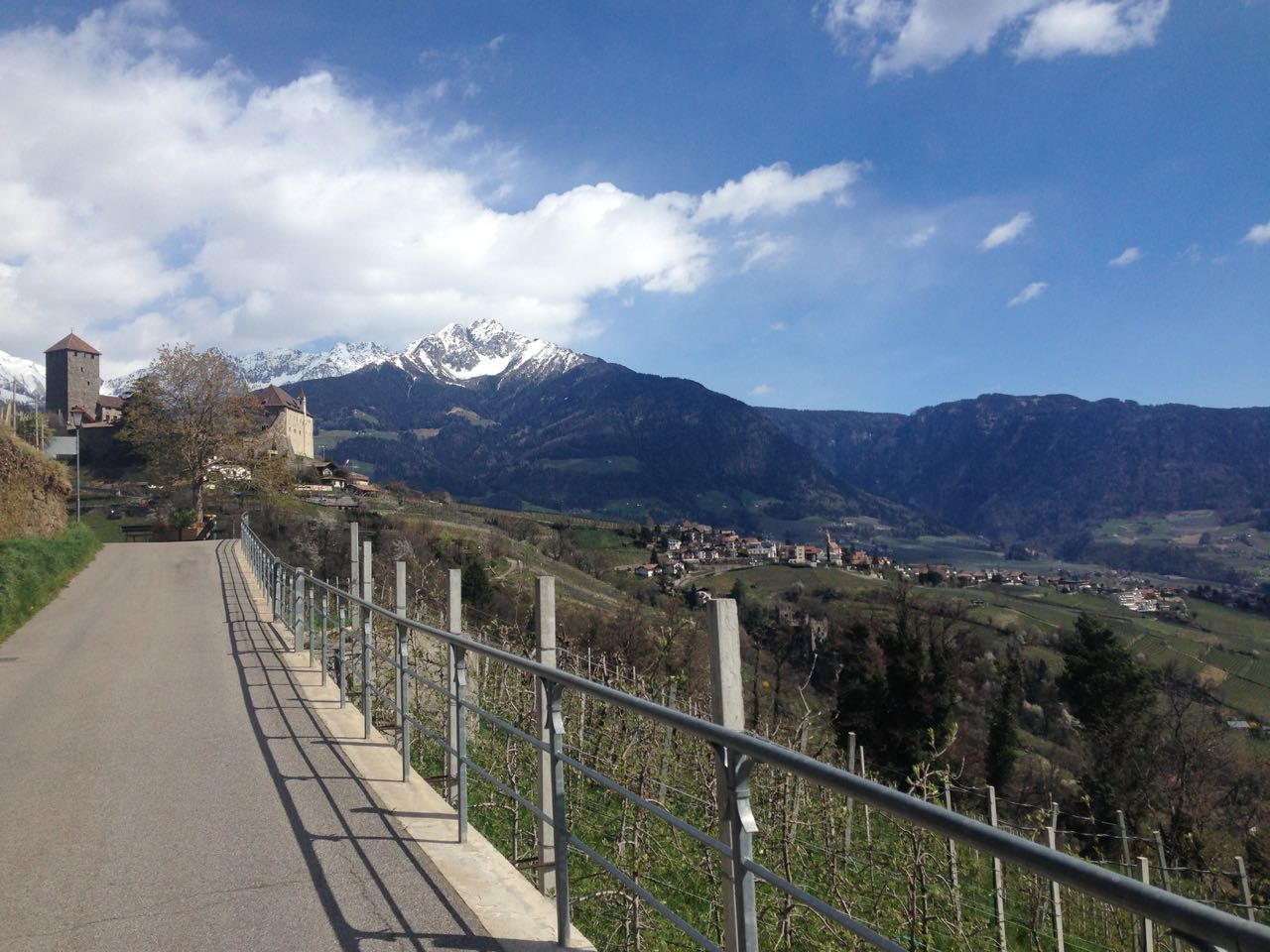 Schloss Tirol vor dem Iffinger
