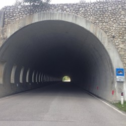 Stoneman Road / Tunnel Passo Giau