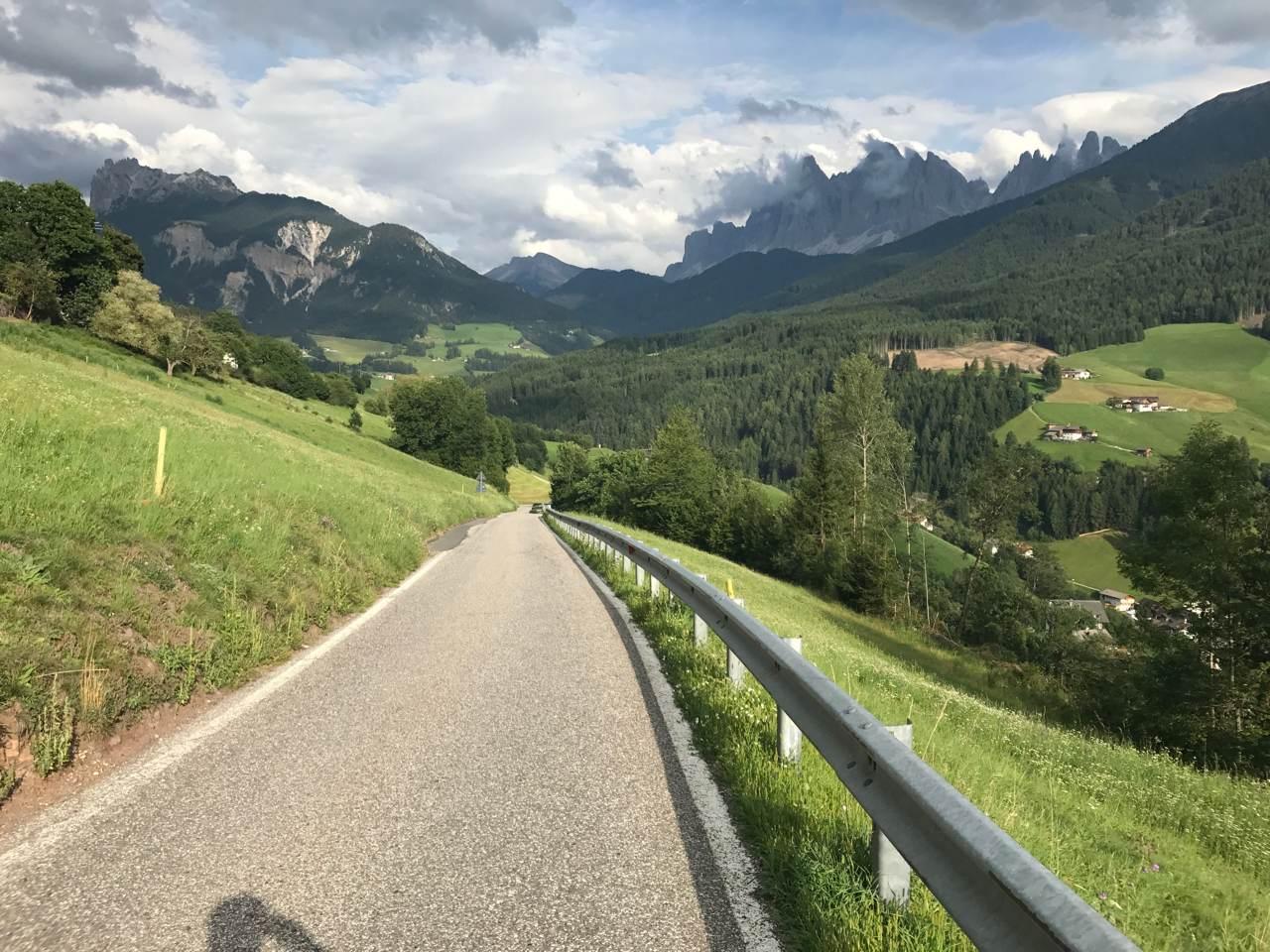 Rennradtour Grödner Joch - Würzjoch: Villnösstal